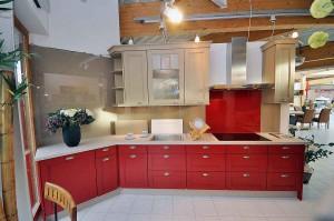 Einbauküche: Blick in die Ausstellung.