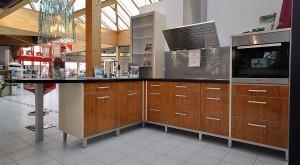 Küchenfronten: Blick in die Küchenausstellung