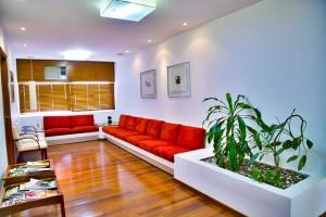 Sie suchen noch die passenden Praxismöbel oder die passende Kanzleieinrichtung? Wir fertigen Ihre Möbel nach Maß - nach Ihren Wünschen.