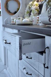 Sie suchen einen passenden Schubladenauszug oder Schubladenauszüge? Wir helfen Ihnen gerne weiter.